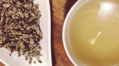 jade pillars teapotea